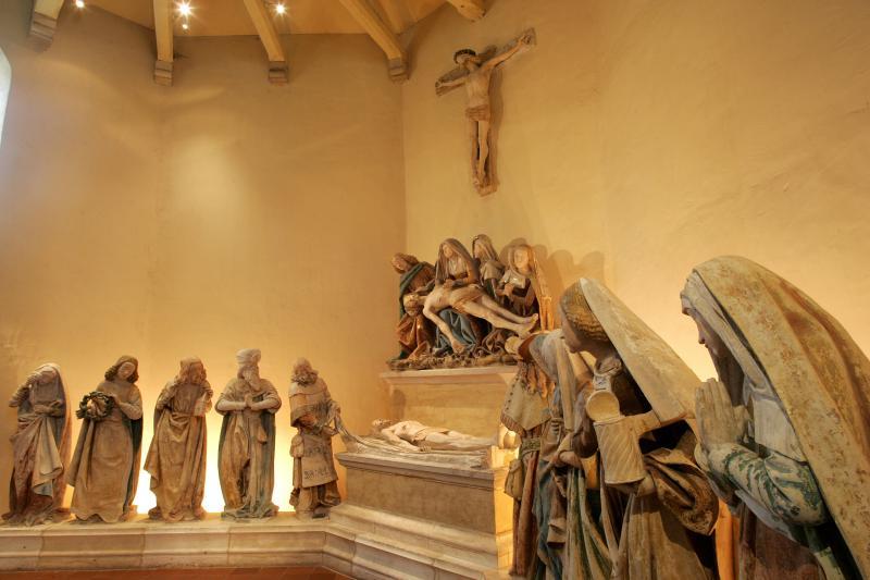 Mise au tombeau Monestié